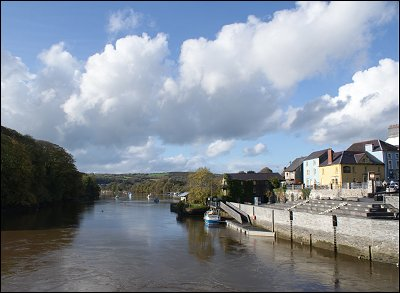 Cardigan Town on the Teifi